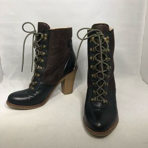 Sam Edelman Tara lace up two tone stacked boots